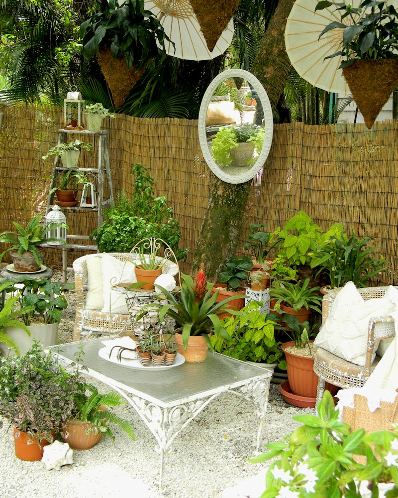 Outside in outdoor room inspiration garden variety for Outside garden rooms