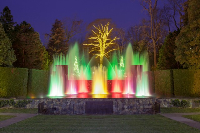 Longwood is famous for its' dancing waters – large fountains with jets that change patterns and colors in time to holiday music.