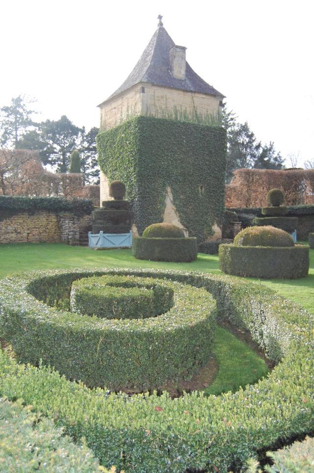 Les Jardins du Manoir d'Eyrignac garden france dordogne 1