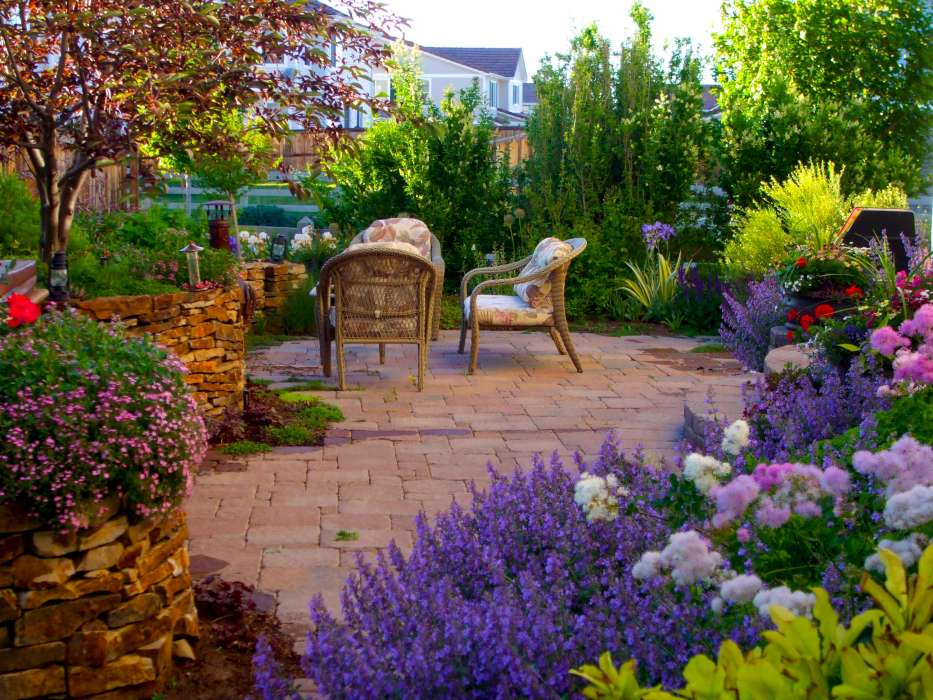 Photos breathtaking rocky mountain gardens patios and for Garden landscape photos
