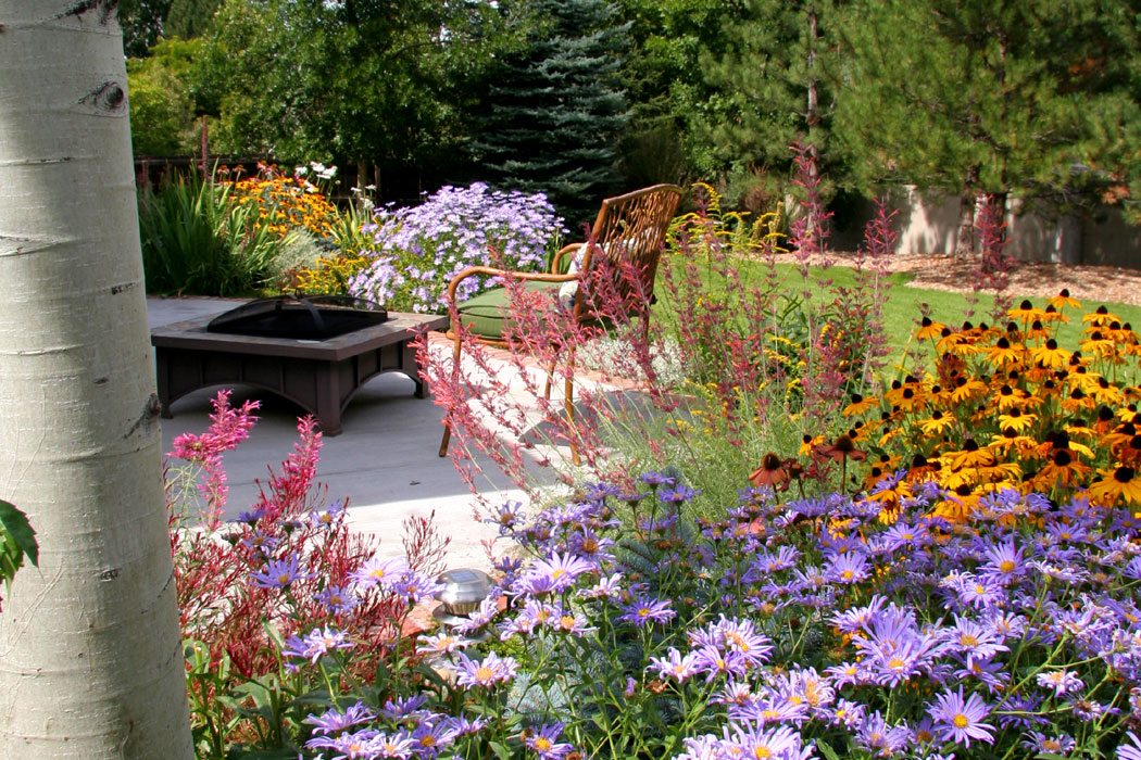 Photos breathtaking rocky mountain gardens patios and for Outdoor patio landscaping