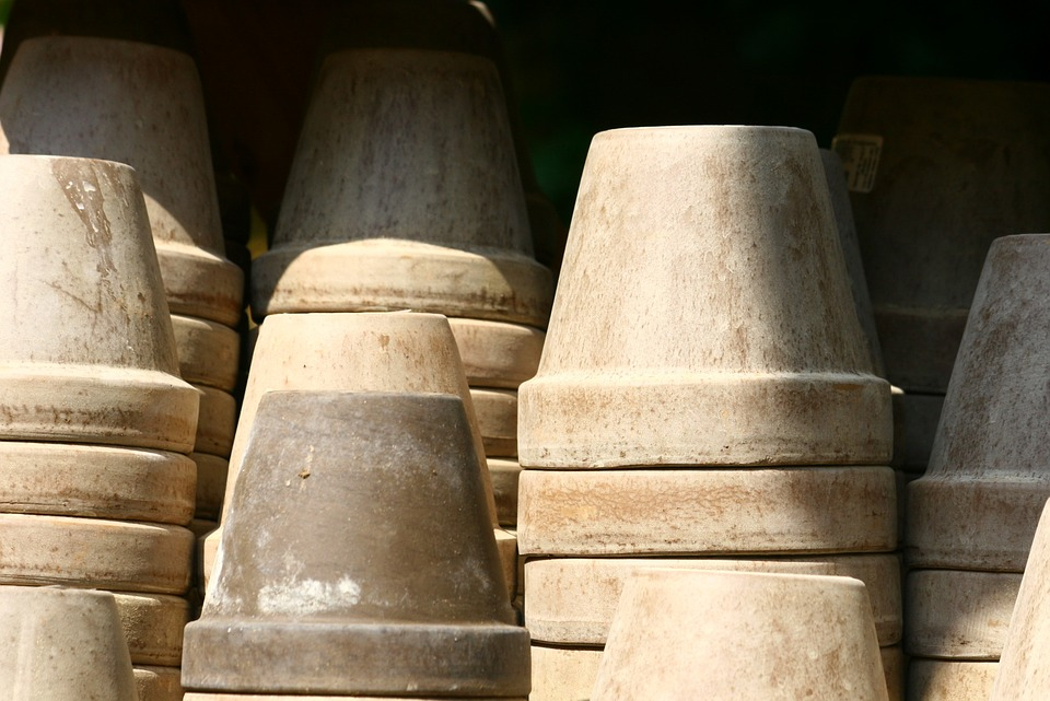flower-pots-1639142_960_720
