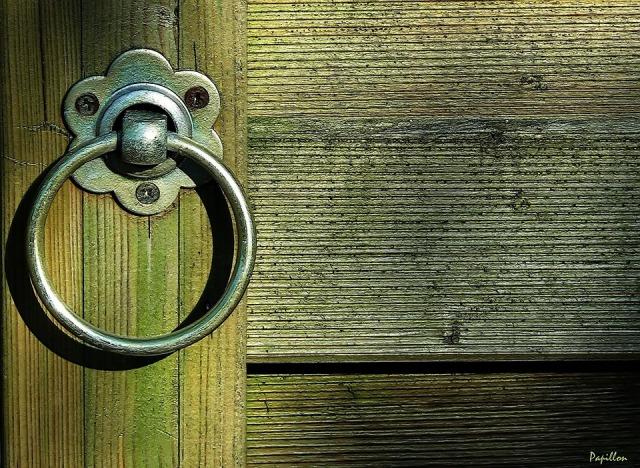 door-253826_960_720
